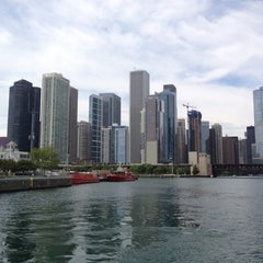 Photo taken at Chicago Architecture Foundation River Cruise by Shari G. on 8/8/2012