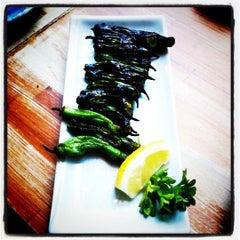 Photo taken at Moshi Moshi Sushi by Jane H. on 6/30/2011