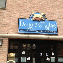 Photo taken at Doggie Styles by Mauricio P. on 3/27/2012