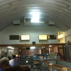 Photo taken at Paper Depot by Nelson B. on 8/2/2012