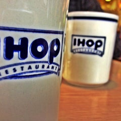 Photo taken at IHOP by James B. on 11/13/2011