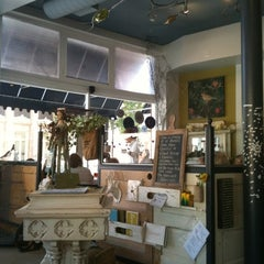 Photo taken at Aviary Cafe & Creperie by Linda D. on 8/14/2011