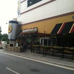 Photo taken at Gordon Biersch Brewery Restaurant by Rob K. on 8/31/2012