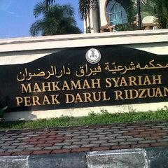 Photo taken at Mahkamah Syariah Ipoh by Lia M. on 3/26/2012