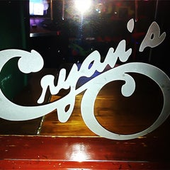 Photo taken at Cryan's Beef & Ale House by M.J. / ℓανѳѕ on 7/31/2011