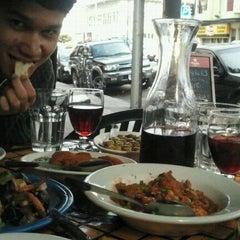 Das Foto wurde bei Picaro Cafe von Stella B. am 6/18/2012 aufgenommen