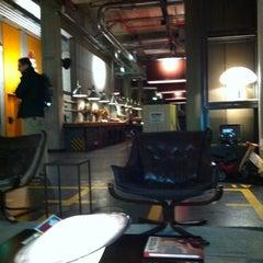 Das Foto wurde bei 25hours Hotel Hamburg HafenCity von Thorsten B. am 11/21/2011 aufgenommen