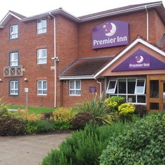 Photo taken at Premier Inn Welwyn Garden City by Mark W. on 7/3/2012