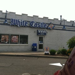 Photo taken at White Castle by Edwin C. on 8/3/2012