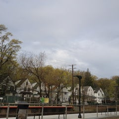Photo taken at LIRR - Kew Gardens Station by Donfico on 4/15/2012