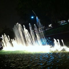 Photo taken at Young Circle-ArtsPark by Roberto L. on 1/29/2012