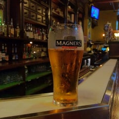 Photo taken at Maewyn's Irish Pub & Restaurant by Michael P. on 11/16/2011