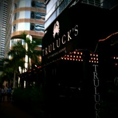 Photo taken at Truluck's by Thotfool on 9/9/2011
