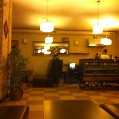 Photo taken at Cafe's Kafe by Mehmet Zahid Ö. on 9/8/2011