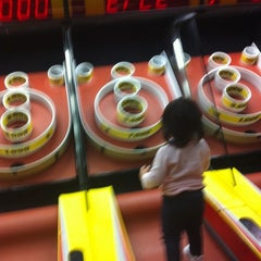 Photo taken at Chuck E. Cheese's by Mel V. on 12/18/2011