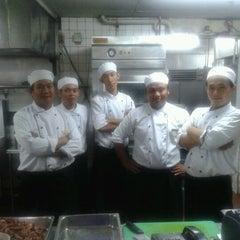 Photo taken at Restoran Fiesta by Dimas S. on 4/22/2012