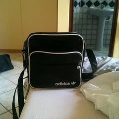 Photo taken at Hotel Vila Rica by Andre Z. on 3/13/2012