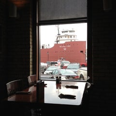 Photo taken at Red Lobster by Lindsay L. on 8/25/2012