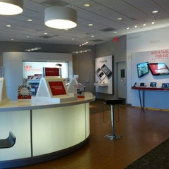 Photo taken at Verizon by Kaiolu M. on 6/30/2012