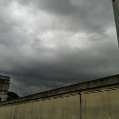 Photo taken at Avenida Zaki Narchi by Patricia K. on 4/26/2012