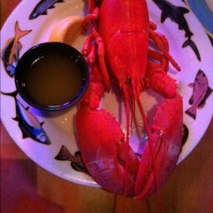 Photo taken at Crabby Bill's Seafood by Matteo 🐯 S. on 8/18/2012
