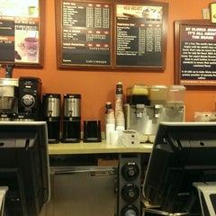 Photo taken at Gloria Jean's Coffees by Rick E F. on 3/31/2014