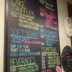 Photo taken at Momofuku Milk Bar by Alfred F. on 6/29/2013