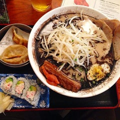 Photo taken at Maru Ichi Japanese Noodle House by Andy S. on 8/21/2014