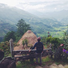 Photo taken at Banaue Rice Terraces Viewpoint by Gabe F. on 7/4/2015