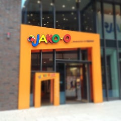 Photo taken at JAKO-O by Nico L. on 9/15/2012