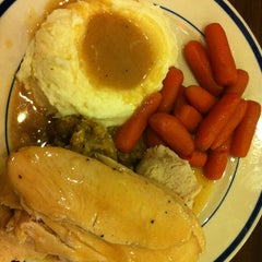 Photo taken at Bob Evans Restaurant by Kalani S. on 1/2/2013