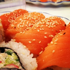 Photo taken at Super Sushi by Olof B. on 12/14/2012