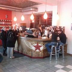 Photo taken at Dark Horse Espresso Bar by Dayes W. on 12/15/2012