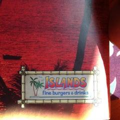 Photo taken at Islands Restaurant by Edwin K. on 11/9/2012