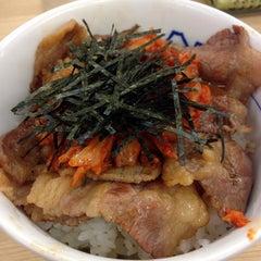 Photo taken at 松屋 高田馬場店 by しゅいどる on 2/13/2015