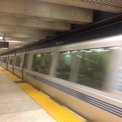 Photo taken at Civic Center/UN Plaza BART Station by Josh H. on 9/26/2013