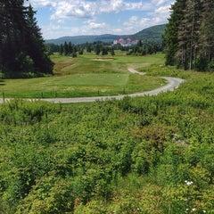 Photo taken at Mount Washington Resort Golf Club by . N. on 7/12/2014