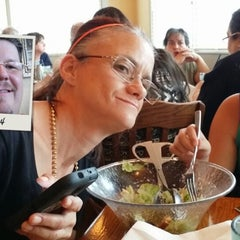 Photo taken at Olive Garden by Jeff W. on 8/1/2014