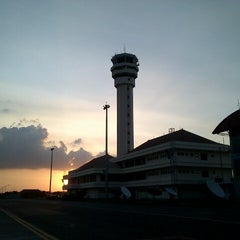 Photo taken at Juanda International Airport (SUB) by bolkow s. on 6/23/2013