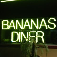 Photo taken at Bananas Modern American Diner by Emilio F. on 11/18/2012