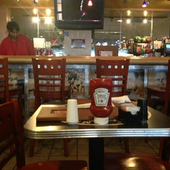 Photo taken at Hall of Fame Sports Grill by Bob C. on 2/22/2013