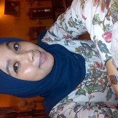 Photo taken at Sari Salon & Day Spa by Indah P. on 12/27/2012