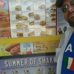 Photo taken at SONIC Drive In by Ray F. on 8/29/2013