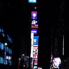 Photo taken at Times Square Alliance by Mishari . on 1/4/2014
