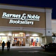 Photo taken at Barnes & Noble by Scott B. on 10/24/2012