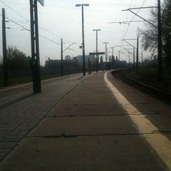 Photo taken at Peron 8 by Bartosz B. on 10/2/2012