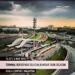 Photo taken at Terminal Bersepadu Selatan (TBS) / Integrated Transport Terminal (ITT) by adzmierz k. on 5/6/2013
