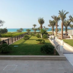 Photo taken at The St. Regis Saadiyat Island Resort by Cyrus G. on 11/1/2012