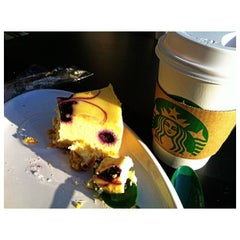 Photo taken at Starbucks 星巴克 by Bow S. on 4/6/2013