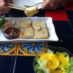 Photo taken at Sakura Japanese Restaurant by Joe N. on 10/6/2012